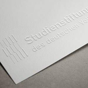 Logo_papier_embossed